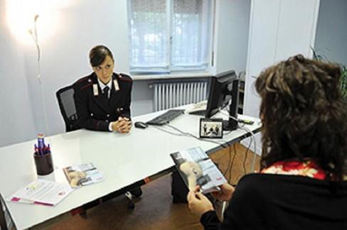 Violenza contro le donne: i consigli utili dei Carabinieri
