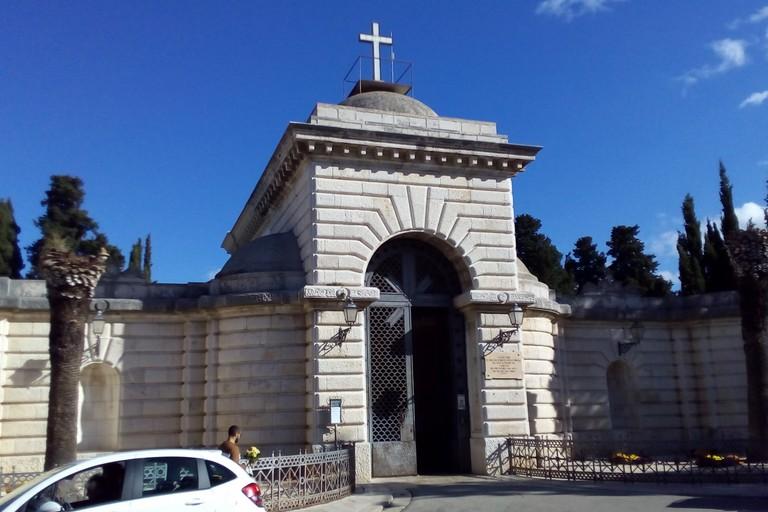 Ingresso monumentale del Cimitero di Andria