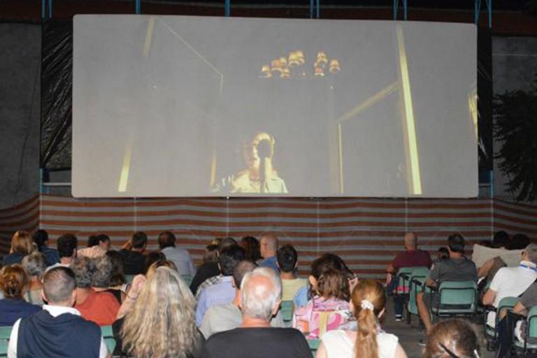 Cinema sotto le stelle alla Parrocchia Gesù Crocifisso