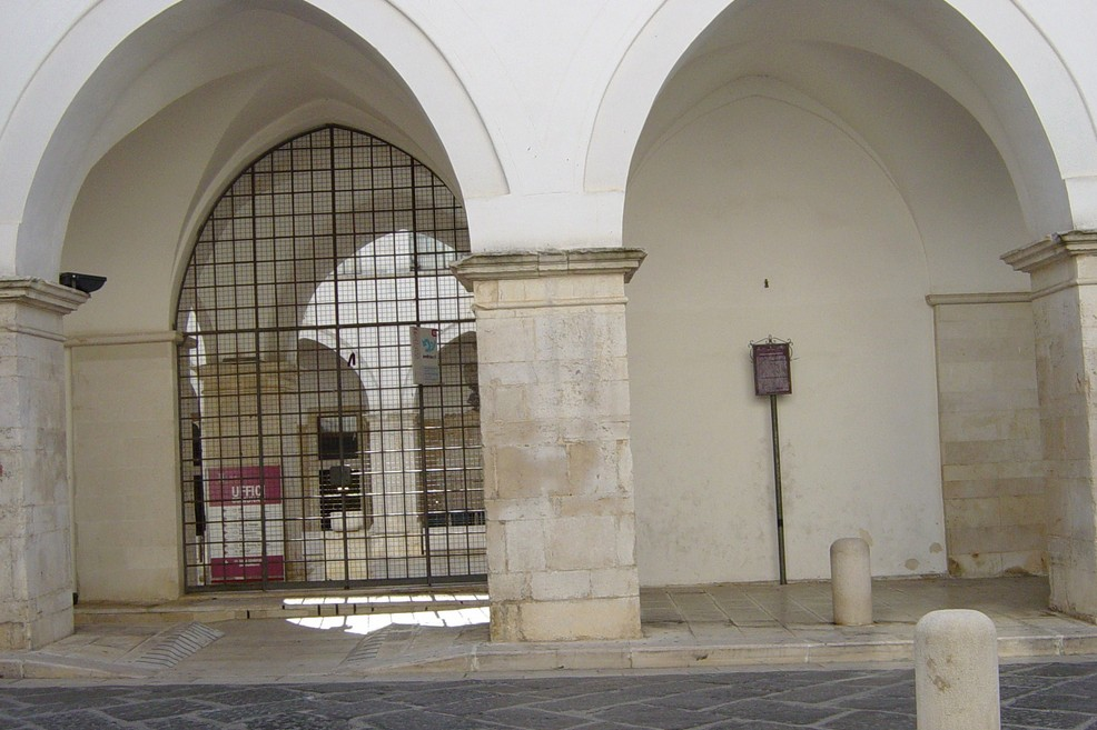 chiostro San Francesco. <span>Foto Vincenzo Cassano</span>