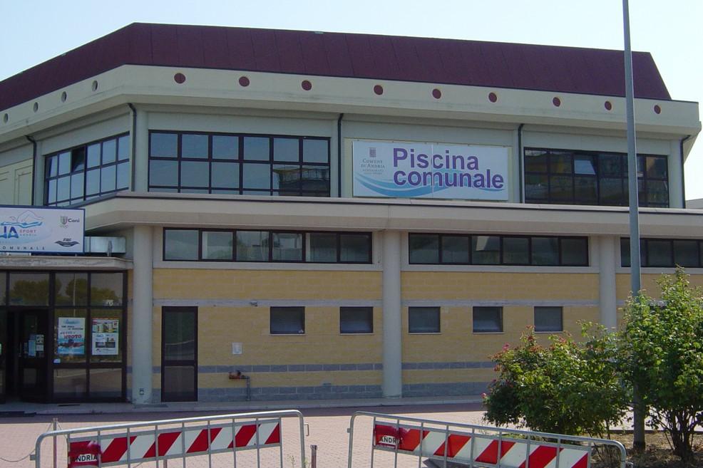 piscina comunale. <span>Foto Vincenzo Cassano</span>