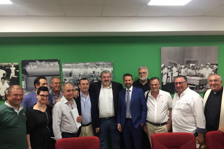 Emiliano incontra a Gioia del Colle i rappresentanti dei caseifici