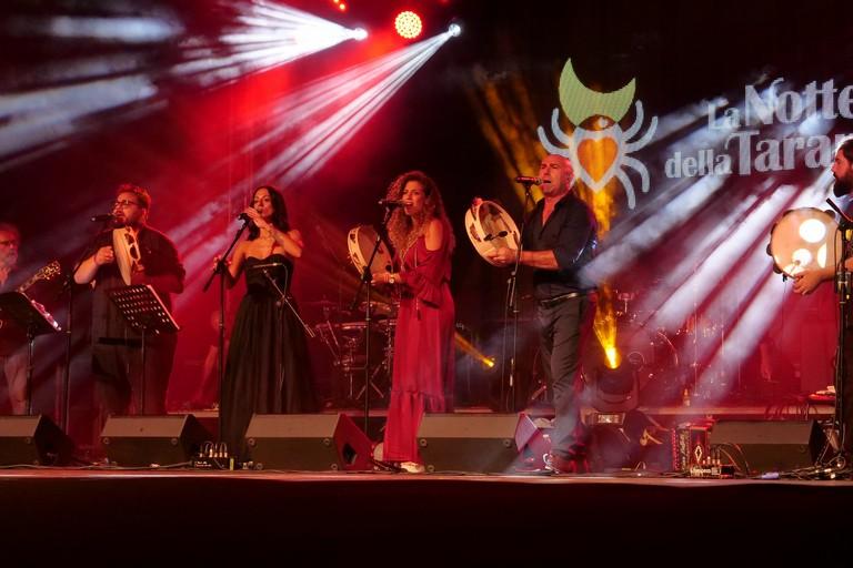 Orchestra notte della Taranta