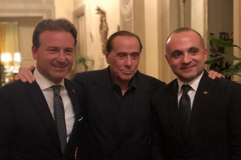 da sx Damiani, Berlusconi e D'Attis