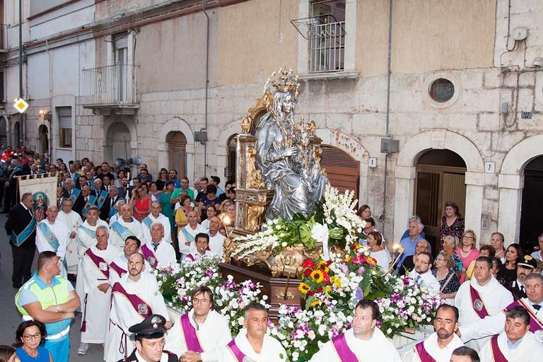 San Riccardo e la Madonna dei Miracoli, festa patronale senza processioni