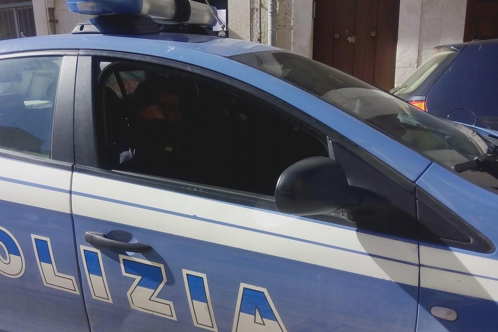 Porto abusivo di armi, denunciato andriese a Bitonto