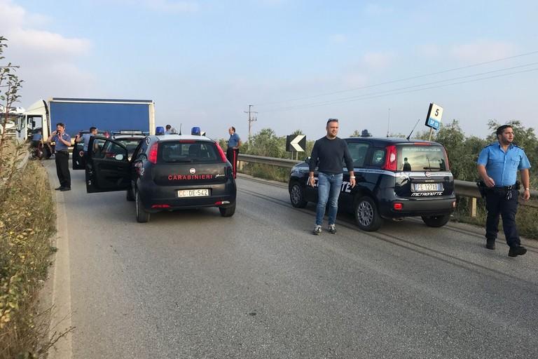 Inseguimento di camion rubato si conclude sull'Andria-Bisceglie