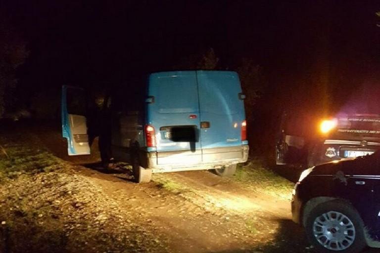 Recuperate due auto appena rubate nelle campagne di Andria