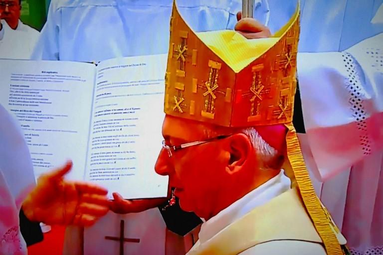 Anche il Sindaco Giorgino ed il vescovo Mansi all'ordinazione di mons D'Ascenzo