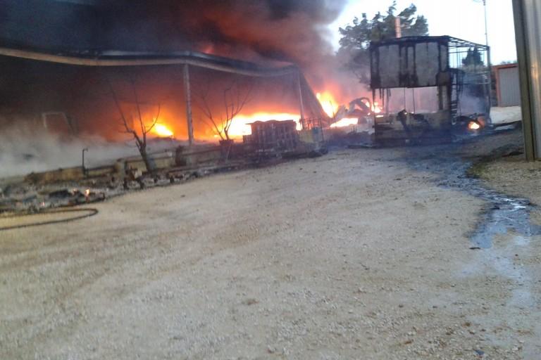 Incendio in una villa di contrada Abbondanza