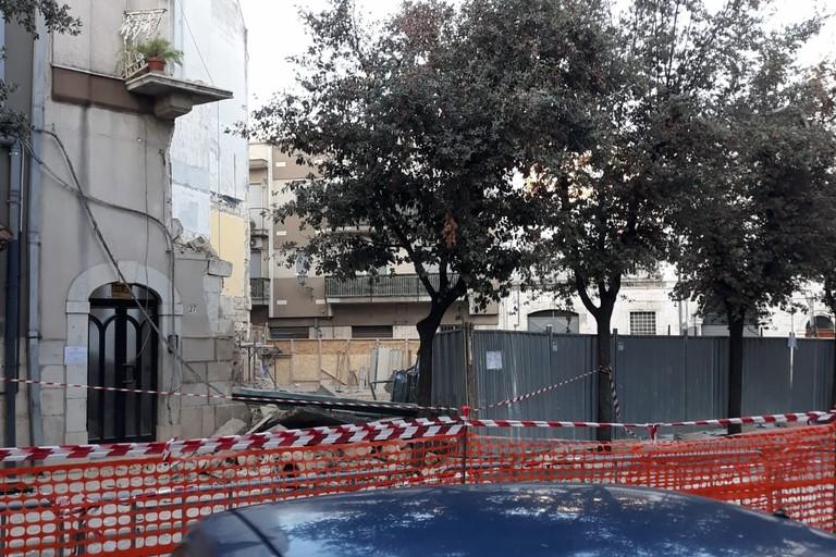 Interdetta l'area del crollo in via Pisani