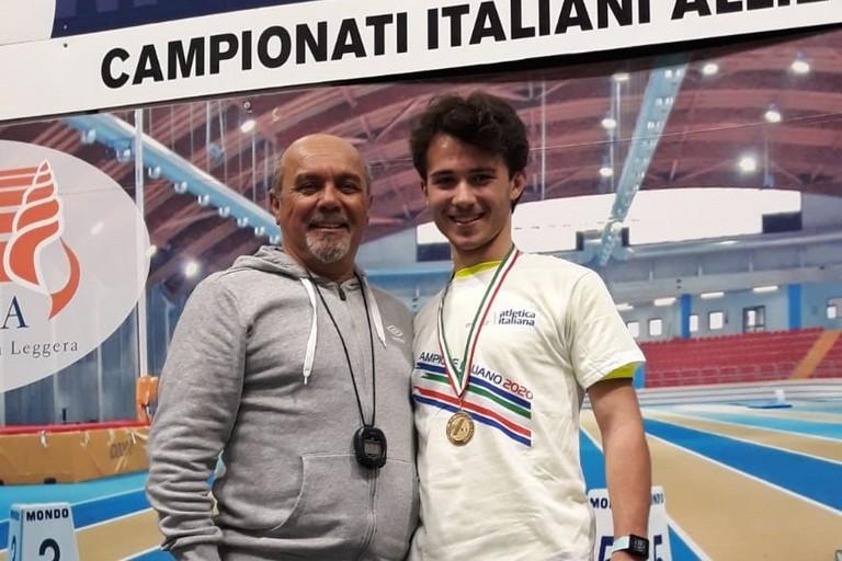 Nicola Lomuscio con il prof. Pino Tortora