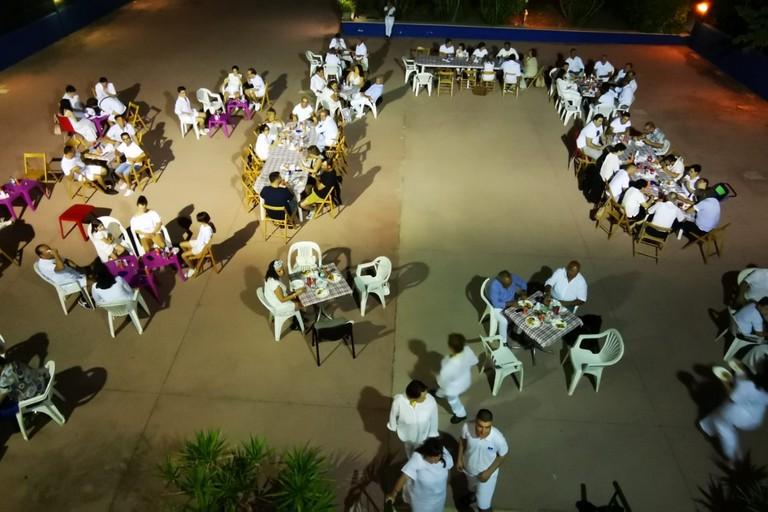 Cena in bianco al centro zenith