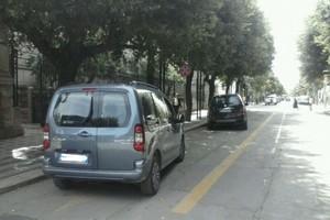Corso Cavour auto parcheggiate andria