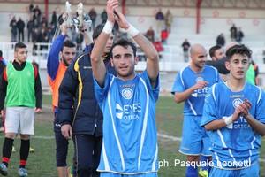 Applausi giocatori Fidelis a Castellaneta