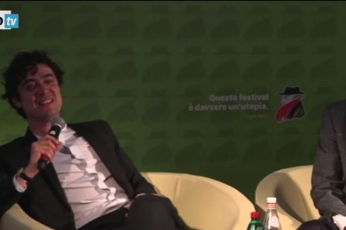 Riccardo Scamarcio inveisce contro il pubblico: al Bif&st di Bari piovono fischi