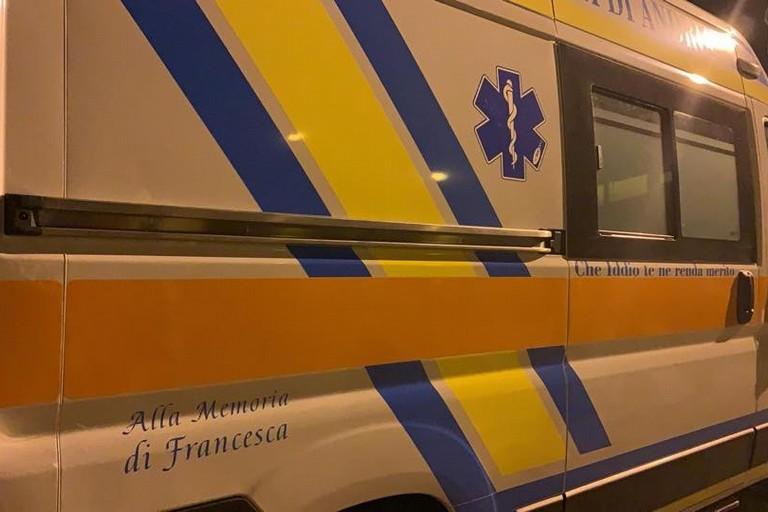 una ambulanza alla memoria della soccorritrice Francesca