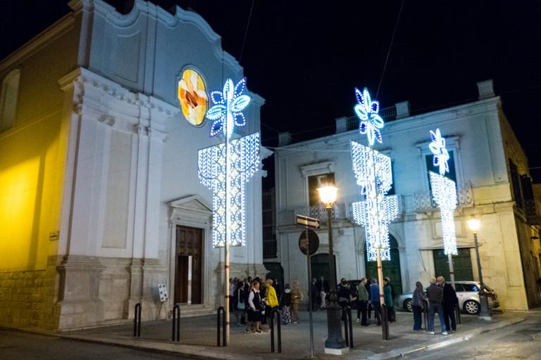 Chiesa Gesù Crocifisso : più di  un secolo di storia. <span>Foto Riccardo Di Pietro</span>