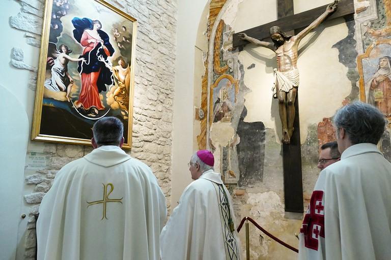 """Celebrato il terzo anniversario dell'intronizzazione della """"Madonna che scioglie i nodi"""". <span>Foto Riccardo Di Pietro</span>"""