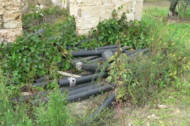 rifiuti dispersi nell'ambiente