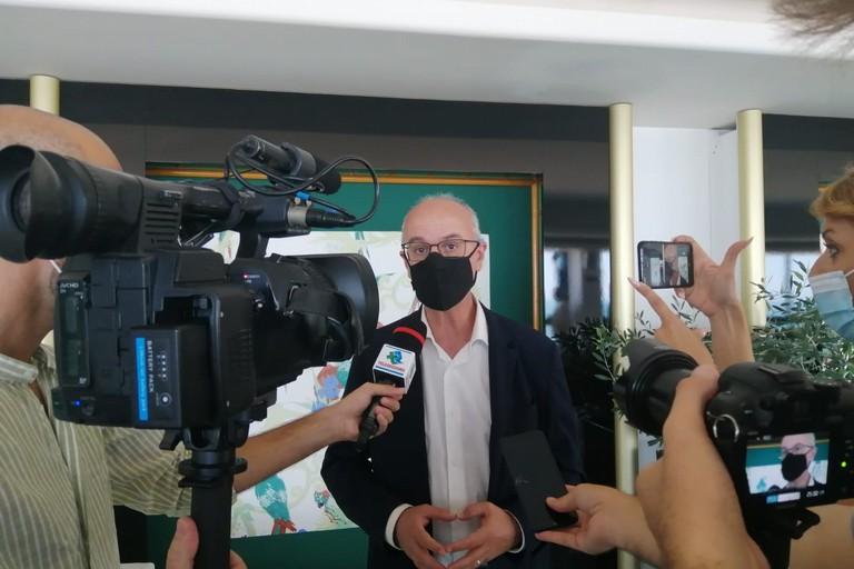 """Vaccini anti-Covid, Lopalco: """"Richiamo per tutti"""""""