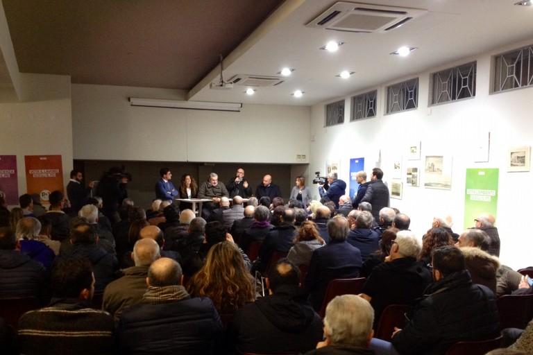 Puglia, l'assessore Caracciolo si dimette: è indagato per corruzione