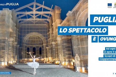 Puglia, lo spettacolo è ovunque