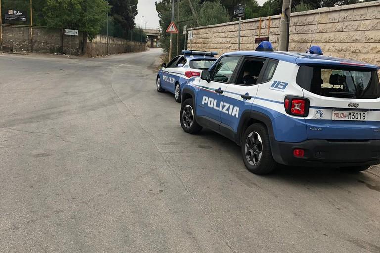posto di controllo della Polizia di Stato