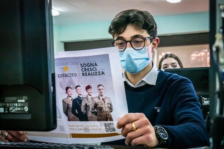 orientamento a favore dei giovani per l'arruolamento nell'Esercito Italiano