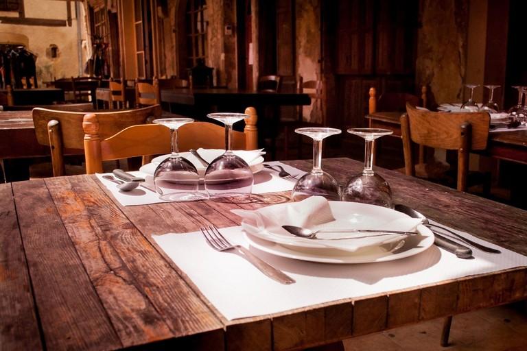 ristorante vuoto