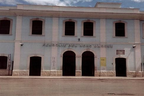 Stazione Bari Nord, immagine targa commemorativa