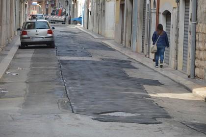 Strada via Garibaldi