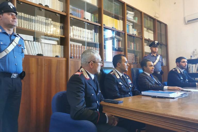 conferenza stampa operazione CC Trani