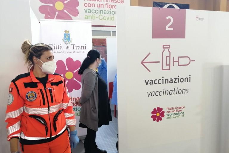vaccini PalaAssi Trani