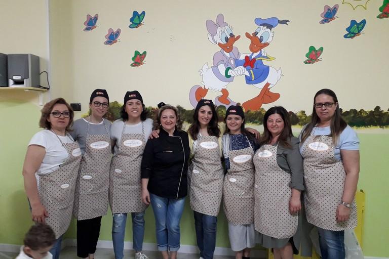 Festa della mamma, arrivano i piccoli chef all'asilo