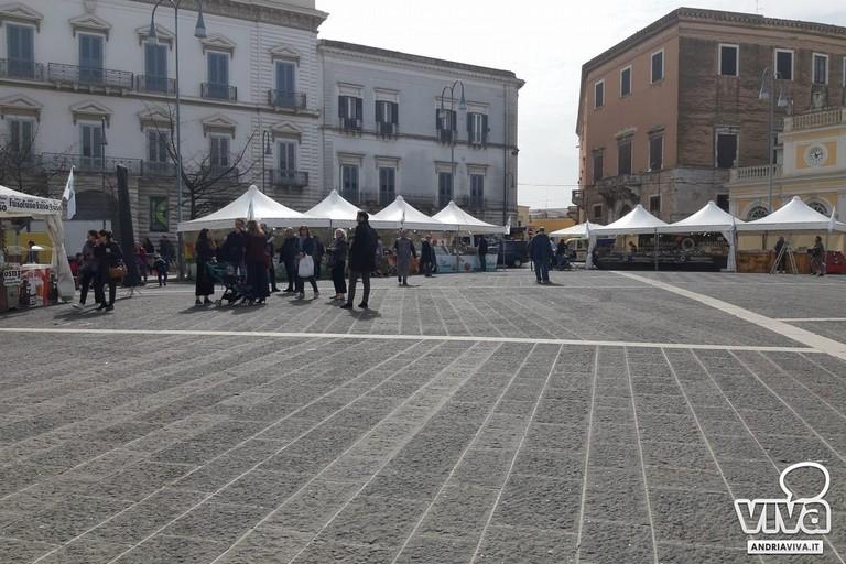 manifestazione in piazza Catuma