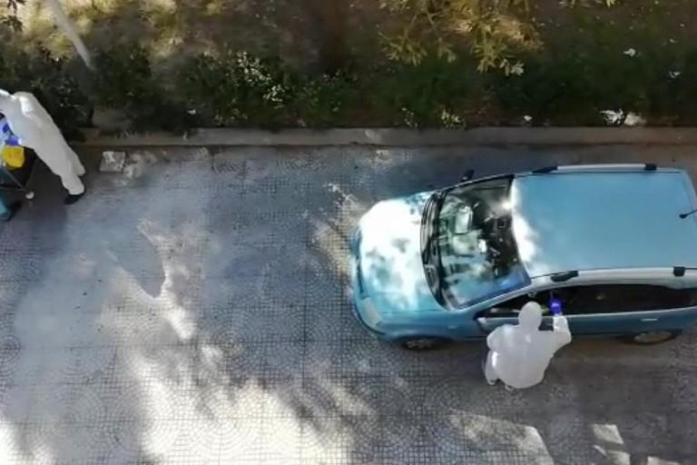 Tampone nel parcheggio dell'ufficio igiene