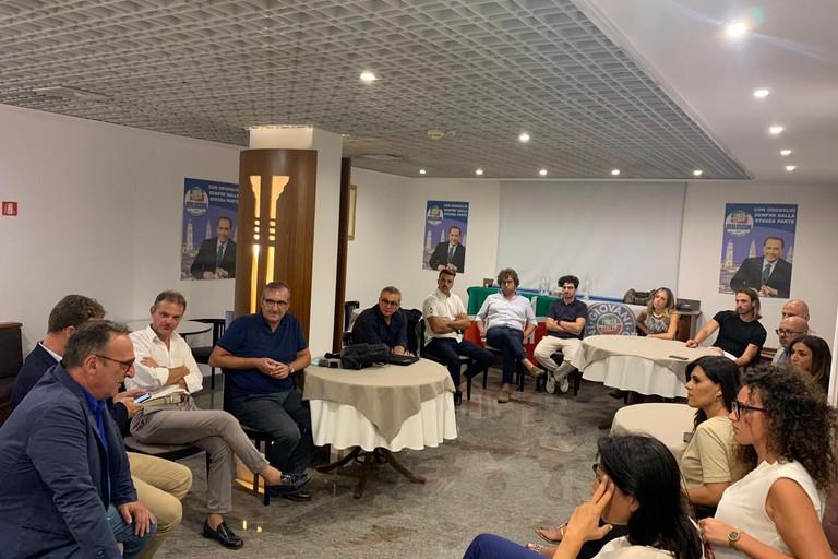 L'avv. Antonio Scamarcio incontra i candidati della lista di Forza Italia Andria