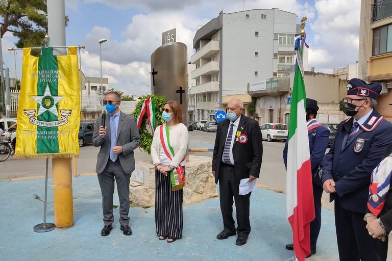 Cerimonia per ricordare le vittime del lavoro. <span>Foto Antonio D'Oria</span>